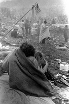 Fin du festival de Woodstock. New York (Etats-Unis), 1969.  © Charles Gatewood / The Image Works / Roger-Viollet