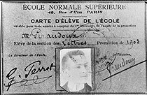 Jean Giraudoux's ( 1882-1944 ) student card, French writer, when it(he) was in the Upper teachers' training college. © Roger-Viollet