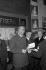Romain Gary (1914-1980), écrivain français. Paris. © Noa / Roger-Viollet