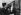 Action des militants du PSU pour la défense du marché des Batignolles. Paris (XVIIème arr.), octobre 1975. Photographie de Léon Claude Vénézia (1941-2013). © Léon Claude Vénézia/Roger-Viollet