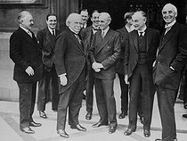Lloyd George (1893-1945), British politician and Henry Ford (1863-1947), American industrialist (center).  © Roger-Viollet