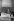 Kim Il Sung (à gauche), en visite à Berlin, offre à Erich Honecker un drapeau en signe d'amitié. 1 juin 1984. © Ullstein Bild / Roger-Viollet