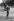 Fidel Castro (1926-2016), homme d'Etat et révolutionnaire cubain, jouant au baseball. Santiago de Cuba (Cuba), 1960. © Gilberto Ante / Roger-Viollet