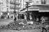Paris, événements de mai-juin 1968. Angle des rues Gay-Lussac et Saint-Jacques après  la manifestation du 10/11 mai 1968. © Roger-Viollet