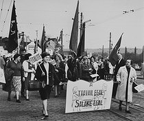 Demonstration for equal pay between men and women. Herstal (Belgium), 1966. Photograph by Janine Niepce (1921-2007). © Janine Niepce / Roger-Viollet