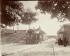 """""""L'octroi de la porte d'Arcueil"""", Paris (XIVème arr.). Photographie d'Eugène Atget (1857-1927). Paris, musée Carnavalet. © Eugène Atget / Musée Carnavalet / Roger-Viollet"""