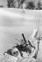 Skieur tombé dans la poudreuse, vers 1935. © Imagno/Roger-Viollet