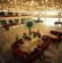 Berlin (Allemagne). Le foyer du Palais de la République, ancien parlement de la RDA. 1990. © Ullstein Bild/Roger-Viollet