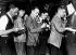 Krach boursier de 1929. Courtiers stagiaires au téléphone, bourse de Wall Street. New York, 25 octobre 1929. © Ullstein Bild / Roger-Viollet