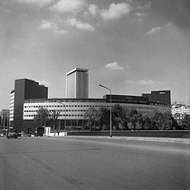 The Maison de Radio France (Architect Henry Bernard, 1952-1963). Paris (XVIth arrondissement), May 1969. © Roger-Viollet