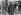 Anschluss. Frontière austro-italienne : officiers et policiers autrichiens et allemands en discussion avec un carabinier italien. Brenner, 12 mars 1938. © Ullstein Bild / Roger-Viollet