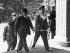 """Conférence de Munich. Le premier ministre français Edouard Daladier en compagnie de Hermann Göring au """"Führerbau"""" sur la Place royale. A gauche, l'ambassadeur André Francois-Poncet. Munich, 29 septembre 1938. © Ullstein Bild/Roger-Viollet"""