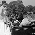 """Annie Cordy et Henri Salvador dans le film """"Bonjour sourire"""" de Claude Sautet. 1955.  © Alain Adler/Roger-Viollet"""