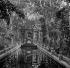 Jardin du Luxembourg : la fontaine Médicis. Paris (VIème arr.), vers 1895. Détail d'une vue stéréoscopique. © Léon et Lévy/Roger-Viollet