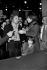 Serge Gainsbourg (1928-1991), chanteur et compositeur français, Jane Birkin (née en 1946), actrice et chanteuse anglaise, et leur fille Charlotte (née en 1971). Paris, décembre 1978. © Roger-Viollet