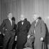 Florent Schmitt (1870-1958), Louis Aubert (1877-1968), compositeurs français, et Boris Lipnitzki (1887-1971), photographe français. Paris, juillet 1953. © Boris Lipnitzki / Roger-Viollet
