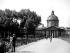 L'Institut de France et le pont des Arts. Paris (VIème arr.), 1939. © Roger-Viollet