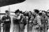 Blocus de Berlin (1948-1949). Pilotes de la RAF (Royal Air Force). Berlin, aéroport de Gatow, 1948. © Von der Becke / Ullstein Bild / Roger-Viollet