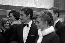 Alain Delon (born in 1935) and his wife Nathalie Delon (born in 1941), French actors. Paris, 1961-1967. © Noa / Roger-Viollet
