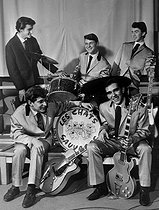 Dick Rivers and the Chats sauvages. France, years 1960. © Roger-Viollet