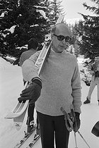 Valéry Giscard d'Estaing (born in 1926), President of the French Republic, skiing with his family in Courchevel (France), 1977. © Jacques Cuinières / Roger-Viollet