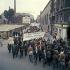 Evènements de mai-juin 1968. Manifestation des ouvriers de l''usine Citroën pour la liberté syndicale. Paris, mai 1968. Photographie de Georges Azenstarck (né en 1934). © Georges Azenstarck / Roger-Viollet
