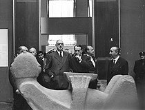 President De Gaulle and André Malraux at the exhibition of Mexican art. Paris, June, 1962.  © Roger-Viollet