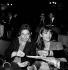 Serge Gainsbourg (1928-1991), chanteur et compositeur français, et Jane Birkin (née en 1946), actrice et chanteuse anglaise. Paris, Elysée Montmartre, octobre 1976.    © Jean-François Cheval / Roger-Viollet