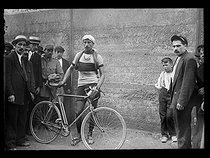"Philippe, French racing cyclist arrived second at the René Pottier cycle race in August 1919. Photograph from the collections of the newspaper ""Excelsior"". © Excelsior - L'Equipe / Roger-Viollet"