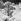 Alpinistes à un passage dangereux au glacier supérieur des Bossons (1700m). Chamonix (Haute-Savoie), vers 1865. © Roger-Viollet