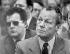 Le chancelier Willy Brandt avec son conseiller Günter Guillaume qui fut par la suite démasqué en tant qu'espion de la RDA. Helmstedt, avril 1974.  © Ullstein Bild/Roger-Viollet