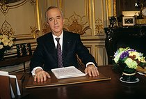 Edouard Balladur, Prime Minister, announcing his candidacy for the Presidency of the Republic, from the Hôtel de Matignon. Paris, 1995. © Jean-Paul Guilloteau/Roger-Viollet