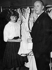 Christian Dior (1905-1957), couturier français, vérifiant sa dernière collection, 1955. © Ullstein Bild/Roger-Viollet