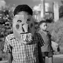 Carnival mask. Ducos (Martinique), February, 1959. © Roger-Viollet