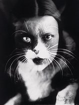 """Me + cat"". Double exposure photograph of Wanda Wulz and her cat. © Alinari/Roger-Viollet"
