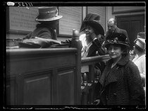 "World War One. Feminist congress at the Social museum, rue Las-Cases. Miss Pankhurst, British suffragette. Paris (VIIth arrondissement), on April 5, 1917. Photograph published in the newspaper ""Excelsior"", on April 6, 1917. © Excelsior - L'Equipe / Roger-Viollet"