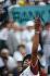 Internationaux de France de Roland-Garros. Yannick Noah (né en 1960), remporte Roland-Garros. Paris, 1983. © Jean-Pierre Couderc / Roger-Viollet