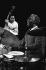 Art Blakey (1919-1990), musicien de jazz américain, accompagné de Charles Fambrough (né en 1950). Londres (Angleterre),  Roundhouse, mars 1981. Photo : Jak Kilby. © Jak Kilby / TopFoto / Roger-Viollet