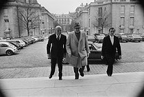 Marcel Dassault (1892-1986), dean of the French National Assembly, and General Pierre de Bénouville, French politician, arriving at the Chamber of deputies. Paris, 1981. © Jacques Cuinières / Roger-Viollet