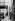 """""""La France travaille."""" Automobiles. Laquage. Clichy (Hauts-de-Seine). Automobiles Citroën. 1931-1934. Photographie de François Kollar (1904-1979). Paris, Bibliothèque Forney. © François Kollar/Bibliothèque Forney/Roger-Viollet"""