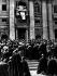 Foule assistant à l'intronisation de Pie XII (1876-1958), pape italien. Le Vatican, basilique Saint-Pierre, 12 mars 1939. © TopFoto / Roger-Viollet