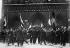 Funérailles de militants royalistes de Montmartre à Notre-Dame. Paris, 1925. © Maurice-Louis Branger / Roger-Viollet