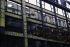 """Quai de la Mégisserie. """"Rue de la Monnaie. Façade de la Samaritaine, panneaux des rayons """"Chemises, Chapeaux, Chaises, Chaussures"""". Photographie d'André Bondil (1918-2009). Diapositive. Paris (Ier arr.), 23 novembre 1988. Paris, bibliothèque de l'Hôtel de Ville. © André Bondil / BHdV / Roger-Viollet"""