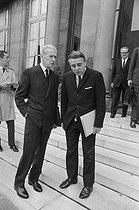 """Events of May-June 1968. French Council of Ministers. Maurice Couve de Murville (1907-1999), Foreign Secretary, and Robert Boulin (1920-1979), Minister of the Civil Service. Paris (VIIth arrondissement), Matignon, on June 5, 1968. Photograph by Michel Robinet, from the collections of the French newspaper """"France-Soir"""". Bibliothèque historique de la Ville de Paris. © Michel Robinet / Fonds France-Soir / BHVP / Roger-Viollet"""
