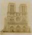 Façade de la cathédrale Notre-Dame. Paris (IVème arr.). Photographie anonyme. Tirage sur papier albuminé. Paris, musée Carnavalet. © Musée Carnavalet / Roger-Viollet