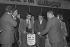 Presentation of the 7th Palme d'Or at Merlin-Plage (present Les Becs). Raymond Poulidor (1936-2019), French racing cyclist. Saint-Hilaire-de-Riez (France), 1977. © Jacques Cuinières / Roger-Viollet
