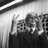 Portrait de l'artiste Victor Vasarely (1908-1997), plasticien hongrois naturalisé français, 1986. Photo : Brigitte Friedrich. © Brigitte Friedrich/Ullstein Bild/Roger-Viollet