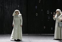 """Dialogue des Carmélites (Dialogues of the Carmelites), opera by Francis Poulenc. Direction : Olivier Py. Conductor : Jérémie Rhorer. Author : Georges Bernanos. Librettist : Emmet Lavery. Orchestre National de France. Chorus : Théâtre des Champs Elysées. Ensemble Aedes. Stage design and costumes : Pierre André Weitz. Lights : Bertrand Killy. Patricia Petibon and Sabine Devieilhe. Paris, Théâtre des Champs-Elysées, on February 3rd, 2018. © Colette Masson / Roger-Viollet"