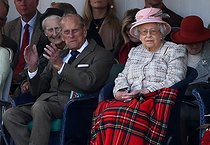pa-news-old-20170902-171159-royalgathering170985.jpg. Andrew Milligan. Braemar Royal Highland Gathering. The Duke of Edinburgh and Queen Elizabeth II attend the Braemar Royal Highland Gathering at the Princess Royal and Duke of Fife Memorial Park, Braemar. 20170902. © Andrew Milligan / PA Archive / Roger-Viollet