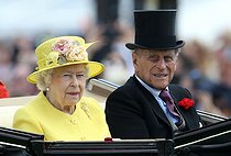 pa-sport-old-20150619-142016-racing_ascot_141903.jpg. Steve Parsons. Horse Racing - The Royal Ascot Meeting 2015 - Day Four - Ascot Racecourse. Queen Elizabeth II and Prince Philip, Duke of Edinburgh arrive ahead of day four of the 2015 Royal Ascot Meeting at Ascot Racecourse, Berkshire. 20150619. © Steve Parsons / PA Archive / Roger-Viollet